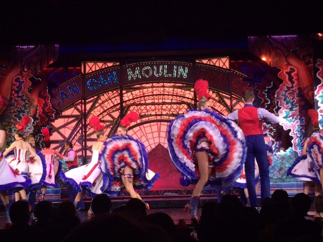 Acupuntura-Legorburu-Barcelona_Moulin_Rouge_5